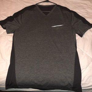 Men's lululemon V Neck tee shirt